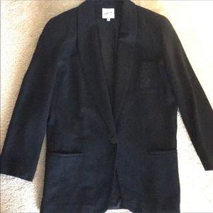 Jackets & Blazers - EUC Wool Blazer